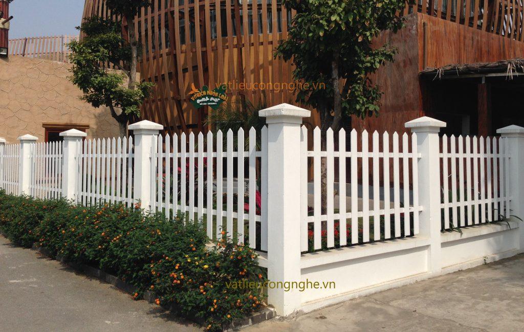 Thanh hàng rào giả gỗ